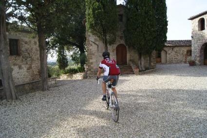 castello-la-leccia_bici
