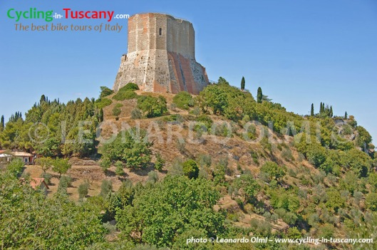 Italy, Tuscany, Rocca d'Orcia, cycling bike tours