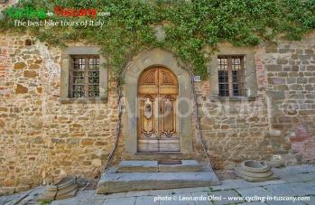 Italy, Tuscany, Chianti, old door