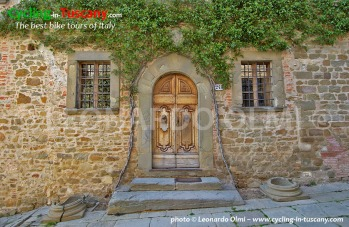 Italy, Tuscany, Chianti, old door