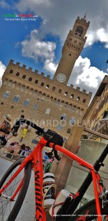 Italy, Tuscany, Florence, view from Michelangelo Square, cycling bike tours, Palazzo Vecchio, Piazza Signoria