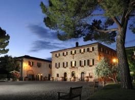 B-San-Felice-borgo-notte01_1_2[1]